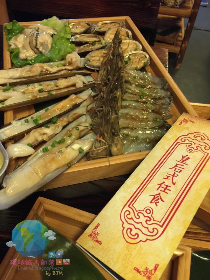 皇后級無限任食:新鮮虎蝦 及 醬燒鮑魚、聖子、廣島蠔