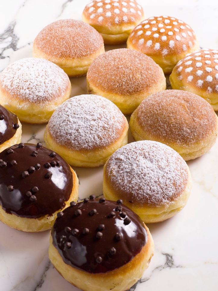 外型別緻的德國冬甩甜點於天幕廣場有售