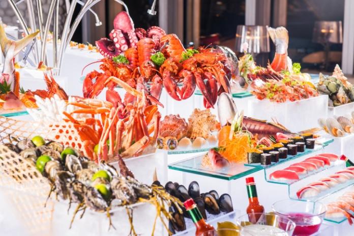 R Bar seafood buffet